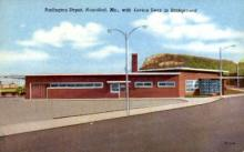 dep-MO002 - Burlington Depot, Hannibal, Missouri, MO, USA Railroad Train Depot Postcard Post Card