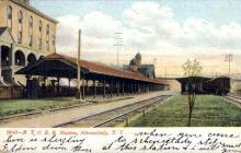 dep-NY020 - N.Y.C.R.R. Station, Schenectady, New York, NY, USA Railroad Train Depot Postcard Post Card
