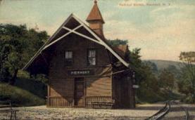 dep-NY102 - Railroad Station, Piermont, New York, NY, USA Railroad Train Depot Postcard Post Card