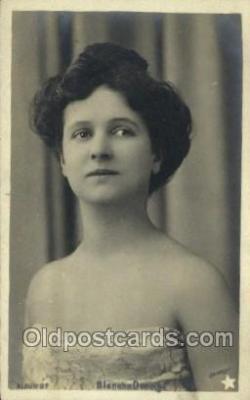 Blanche Deneige