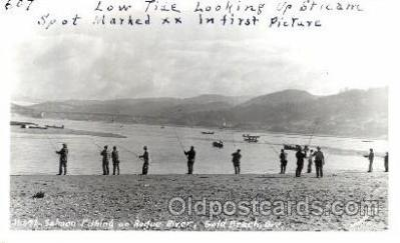 fis001088 - Salmon Fishing on Rogue River, Gold Beach Oregon, USA Fishing Postcard Post Card
