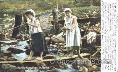 fis001212 - Fishing in Maine,  Postcard Post Card