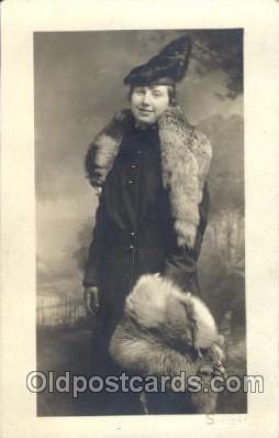 fur001003 - Sarcent Fur, Postcard Post Card