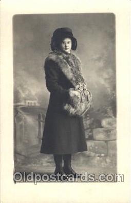 fur001018 - Fur, Postcard Post Card