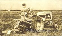 far001204 - Model B tractor Farming, Farm, Farmer, Postcard Postcards