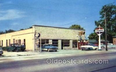 gas001020 - Triangle Motor Sales, Wheeling, Illinois, USA Gas Station Stations Postcard Post Card
