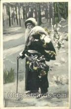 hol002528 - Santa Claus Christmas Postcard Postcards
