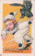 hol008069 - Halloween Postcard Postcards