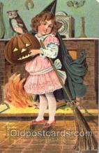 hol008156 - Halloween Postcard Postcards