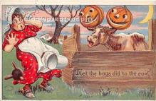 hol011057 - Halloween Postcard Old Vintage Post Card
