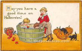 hol011062 - Halloween Postcard Old Vintage Post Card