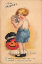 hol011070 - Halloween Postcard Old Vintage Post Card