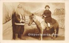 hol016003 - Santa Claus Postcard Old Vintage Christmas Post Card