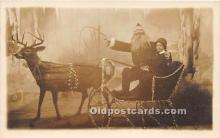 hol016008 - Santa Claus Postcard Old Vintage Christmas Post Card