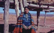 ind200189 - Navajo Woman Indian Postcard, Post Card