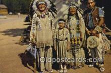 ind200372 - Chief Running Horse & Family Indian Postcard, Post Card