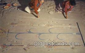 ind200427 - Navajos Sand Painting Indian Postcard, Post Card