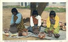 ind200450 - Pueblo Indian Women making pottery Indian Postcard, Post Card