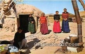 ind300180 - Navajo Indian Women, Hogan  Postcard Post Cards