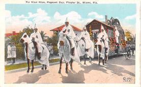 kkk000009 - Klu Klux Clan Postcard