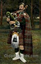 klt001005 - Kilts, Bag Pipers Postcard Postcards