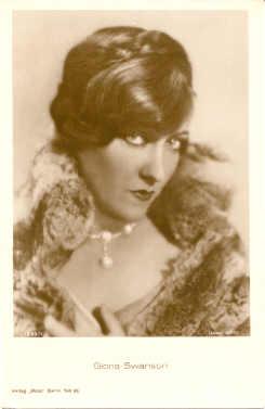 mov880007 - Gloria Swanson Actor / Actress Postcard Post Card Old Vintage Antique Movie Star