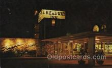 MTL001149 - Treadway Inn, St. Davids, Penna, USA Motel Hotel Postcard Postcards
