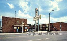 MTL001540 - Sikeston Travelodge, Sikeston, MO, USA Motel Hotel Postcard Post Card Old Vintage Antique