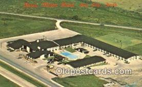 MTL001736 - Oasis Motor Hotel, Bay City, TX, USA Motel Hotel Postcard Post Card Old Vintage Antique