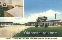 MTL001948 - Town & Country Motor Lodge, Springfield, MO, USA Motel Hotel Postcard Post Card Old Vintage Antique
