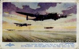 mil000032 - Military Plane Postcard Postcards