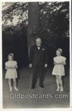 mil004009 - HKH Prinses Beatrix, Winston Churchill  Postcard Post Cards Old Vintage Antique