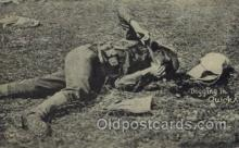 mil006035 - Digging in Quick Military, WW I, World War I, Postcard Postcards