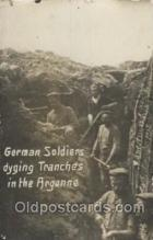 mil007027 - German Soldiers diging trenches in the Argonne, Military Postcard Postcards
