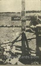 mil007309 - Military Postcard Postcards