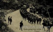 mil007352 - Yanks going into action France Military Postcard Postcards