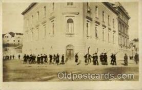 mil050009 - Military Postcard Postcards