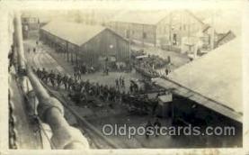 mil050156 - Military Postcard Postcards
