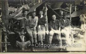 mil050172 - Military Postcard Postcards