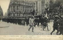 mil050175 - American independence day in Paris Military Postcard Postcards