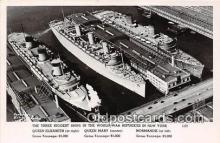 mil050591 - Queen Elizabeth, Mary, Normandie Sunk in NY New York Postcard Post Card