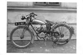 mot000075 - White Border Era (1915 - 1930)