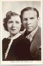 mov002050 - George Burns & Gracie Allen Actor / Actress Postcard Post Card Old Vintage Antique