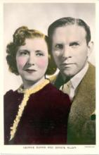 mov002051 - George Burns & Gracie Allen Actor / Actress Postcard Post Card Old Vintage Antique