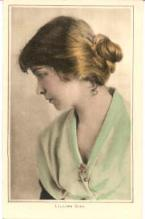 mov007037 - Lillian Gish Actor / Actress Postcard Post Card Old Vintage Antique Movie Star