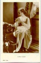 mov007039 - Lillian Gish Actor / Actress Postcard Post Card Old Vintage Antique Movie Star