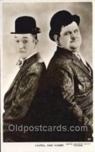 mov011011 - Laurel & Hardy Actor / Actress Postcard Post Card Old Vintage Antique Movie Star