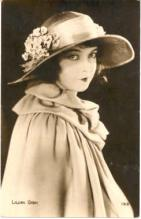 mov420018 - Lillian Gish Actor / Actress Postcard Post Card Old Vintage Antique Movie Star
