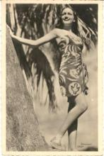 mov560001 - Dorothy Lamour Actor / Actress Postcard Post Card Old Vintage Antique Movie Star