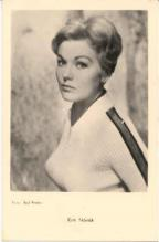 mov700001 - Kim Novak Actor / Actress Postcard Post Card Old Vintage Antique Movie Star